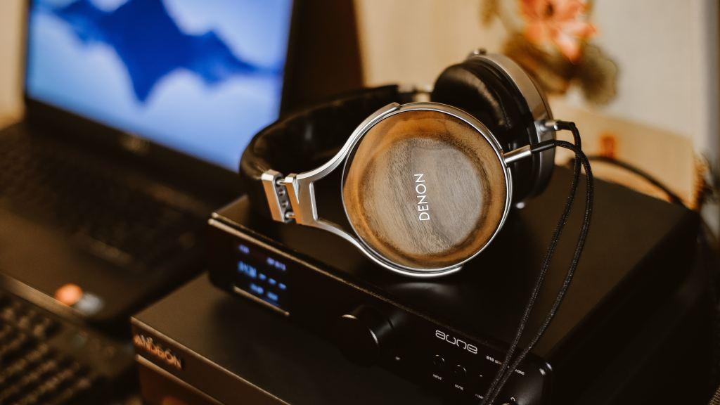Escuchar música. Técnica receptiva. Musicoterapia
